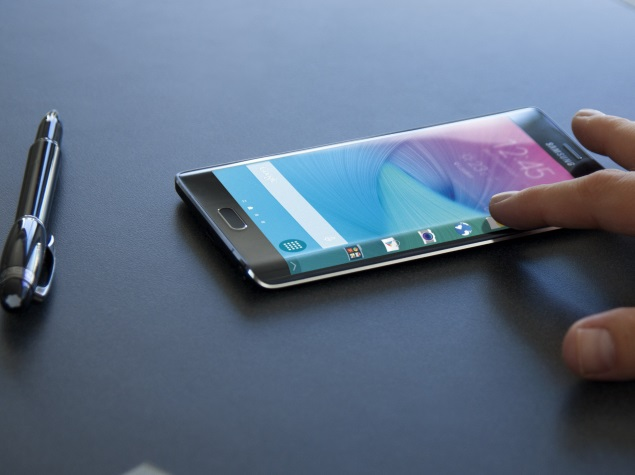 Galaxy S6 Smartphones, Samsung Note Goes For 64-Bit Power
